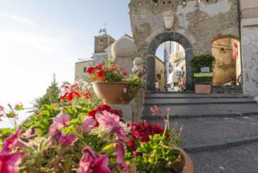 Concorso Fotografico Cartolina del borgo fiorito – Scadenza 24 Giugno 2018